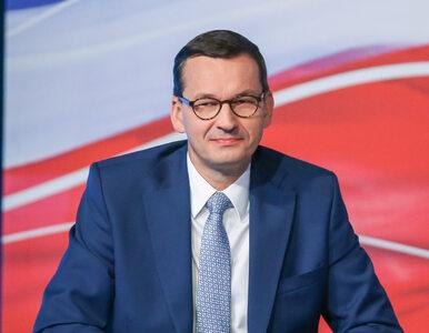 Premier Morawiecki pochwalił się MMoji. Używa ich na Facebooku