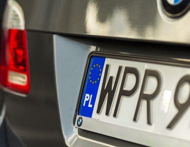 Quiz. Jakie miejscowości oznaczają te trzy litery na autach?