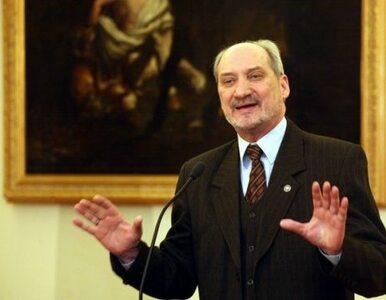 Macierewicz zwróci się do Tuska w sprawie badania katastrofy smoleńskiej