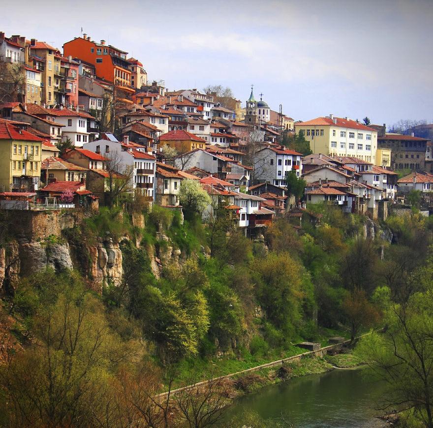 Veliko Tarnovo, Bułgaria boredpanda.com