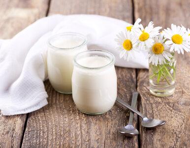 Polacy rezygnują z deserów mlecznych. Wolą jogurt naturalny i grecki