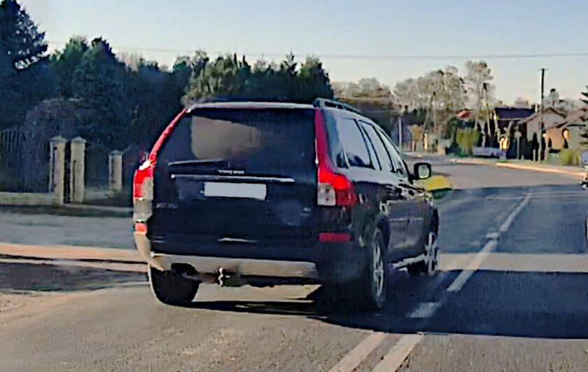 Volvo zatrzymane przez policję