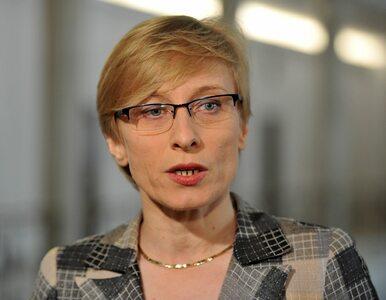 Gosiewska: Tusk ściskał się i przybijał żółwiki z Putinem obok leżących...