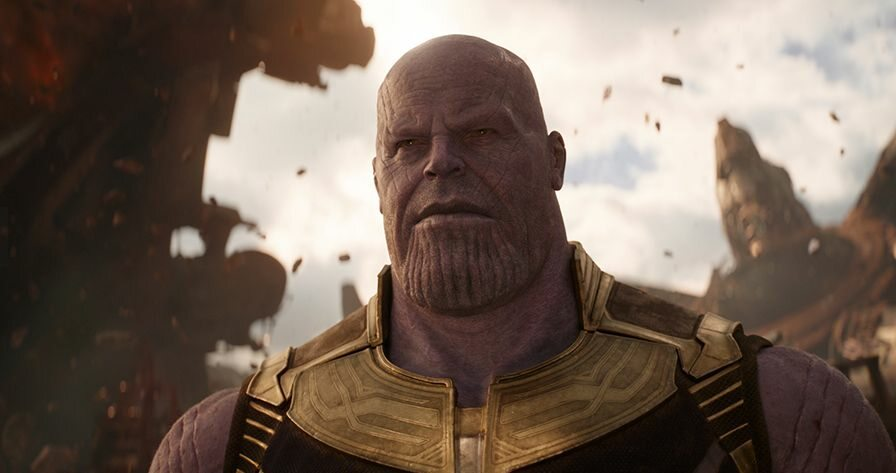 Główny cel Thanosa, z którym walczyli Avengersi, to: