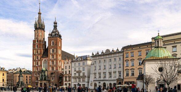 Polskie miasta na zdjęciach. Potrafisz je nazwać?