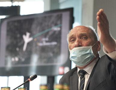 Antoni Macierewicz pozbywa się niewygodnych ekspertów. Odpowiadają mu...