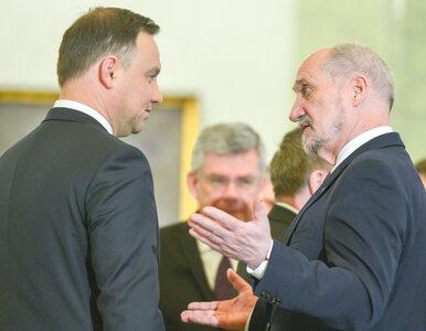 Prezydent Duda pisze list do Macierewicza. Oczekuje wyjaśnień