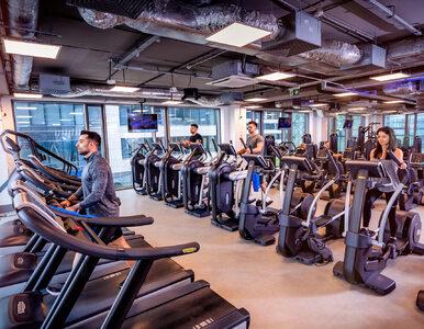 Jak łatwo COVID-19 może się rozprzestrzeniać na siłowniach i podczas...