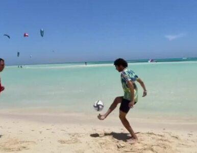 Gwiazdor Arsenalu grał w piłkę z ojcem. Nagranie ma już 500 tys. wyświetleń