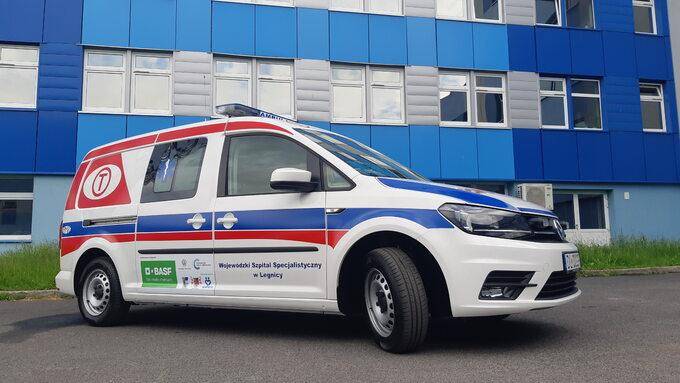 Ambulans współfinansowany przez BASF