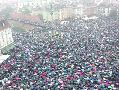 Międzynarodowy Strajk Kobiet. Protesty i marsze w kilkuset miastach na...