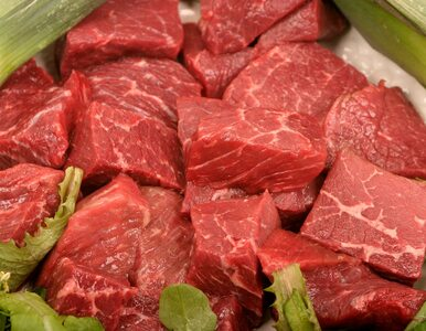Rynek mięsa w Polsce to gigantyczne pieniądze. Zobacz, jak się na nim...