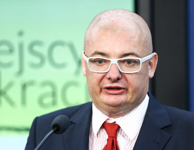 Kamiński ostro o szefie MON: Niepokoi, że Macierewicz wiedzę na temat...