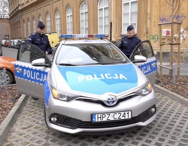 Policjanci skontrolowali ponad 67 tys. osób w kwarantannie. 339...
