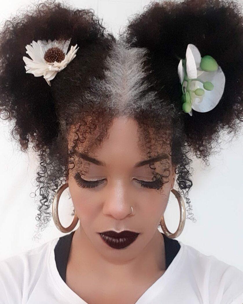 Kobiety, które nie wstydzą się swoich siwych włosów