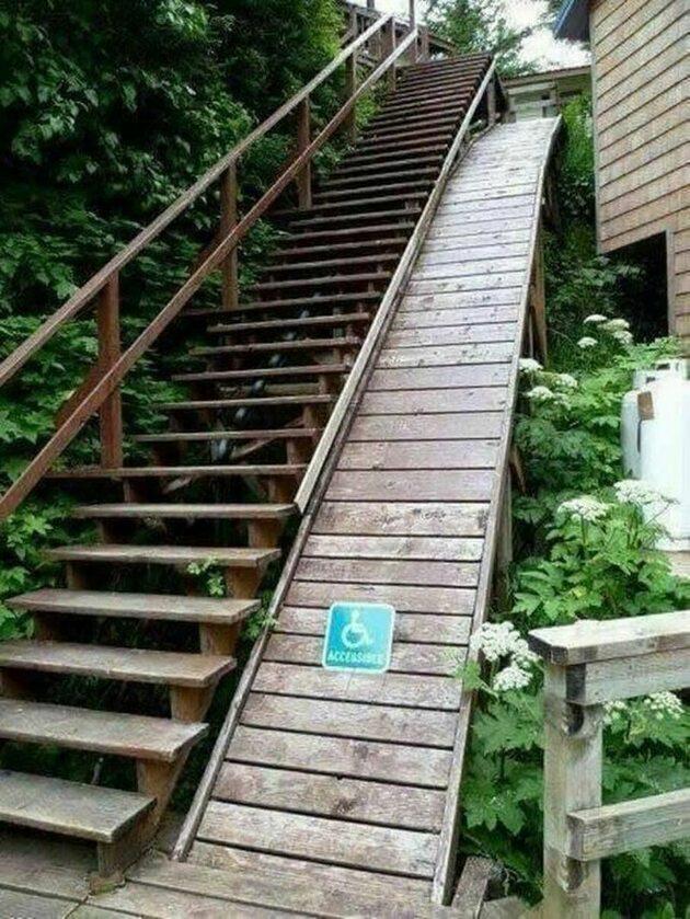 Ekstremalny podjazd dla wózków inwalidzkich
