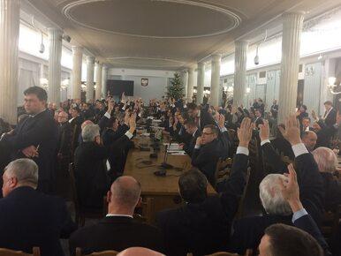 Prezydent poprosił o analizy prawne przyjęcia budżetu w sali Kolumnowej...