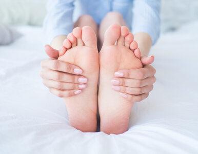 5 sposobów na pocenie się stóp. Przydadzą się na letnie upały
