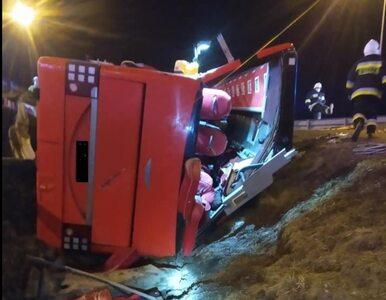 Podkarpacie: Wypadek autobusu na A4. Nie żyje pięć osób, ponad 40 jest...