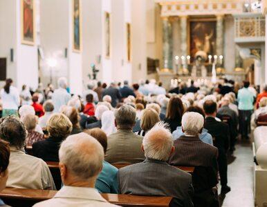 """Biskupi odwołują dyspensę od uczestnictwa w niedzielnych mszach. """"To..."""