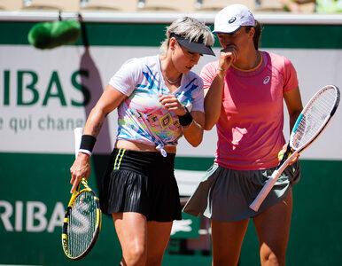Świątek przegrywa finał French Open. Triumfuje duet Krejcikova-Siniakova