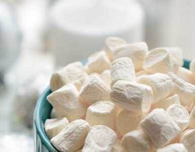 Ile cukru jest w piankach marshmallows? To prawdziwa bomba kaloryczna