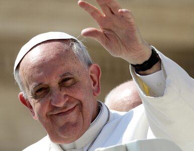 Decyzja papieża: kardynałowie ubożsi o 2100 euro