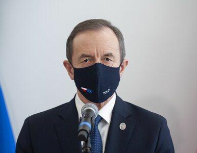 """Przed emisją orędzia Grodzkiego TVP wyświetliła """"specjalną"""" planszę...."""