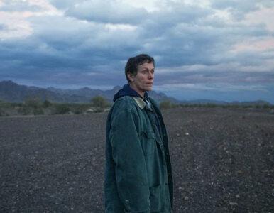 """""""Nomadland"""" w drodze po Oscara. Film o wędrowcach oczarował kolejne..."""