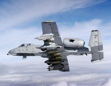 """Amerykanie bombardują pozycje IS. """"Zniszczono całą infrastrukturę w..."""
