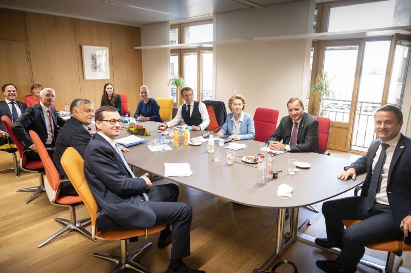 Spotkanie konsultacyjne z szefami państw i rządów
