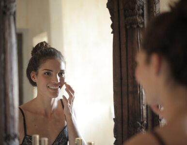 Dermatolożka: Tych składników kosmetyków lepiej ze sobą nie łączyć