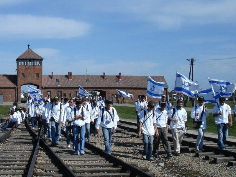 Uczestnicy Marszu Żywych w 2007 roku
