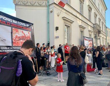 Incydent podczas publicznego różańca z udziałem Kai Godek. Lekarka:...