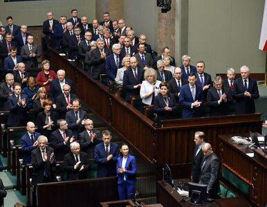 Prof. Dudek: Za bardzo przejmujemy się opiniami płynącymi do Polski z...