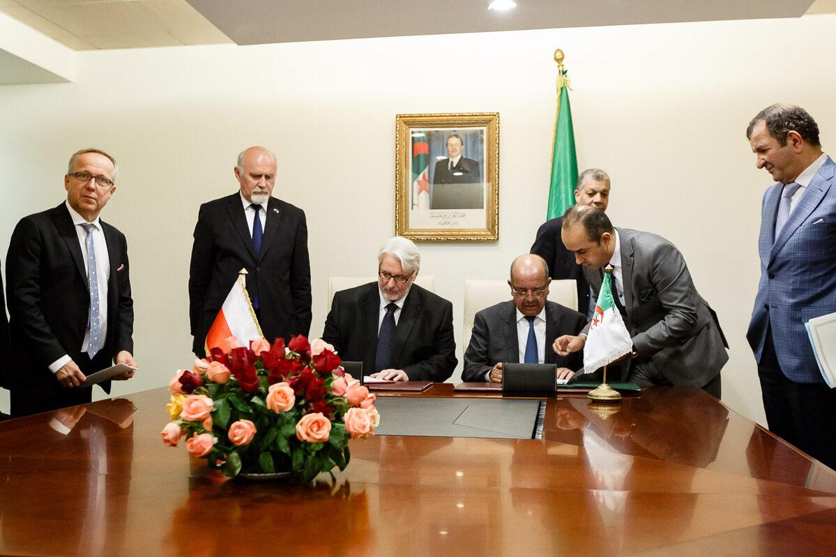 Wizyta ministra Witolda Waszczykowskiego w Algierii