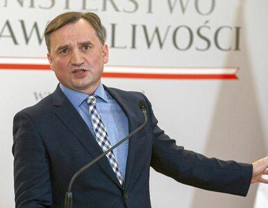 Ziobro chce zabronić adopcji parom jednopłciowym. KPH do ministra: Dość...