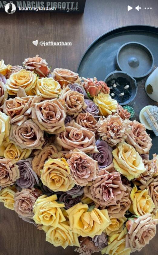 Kwiaty, które otrzymała na urodziny Kourtney Kardashian