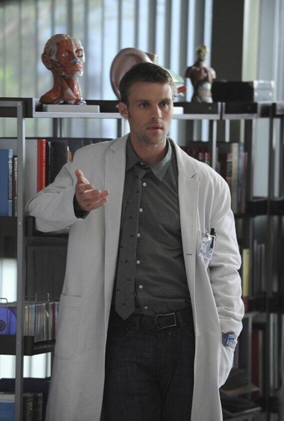 Jesse Spencer jako dr Robert Chase