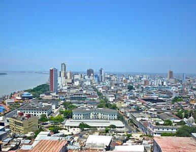 Kryzysowa sytuacja w Ekwadorze. Tylko w jednym mieście z domów odebrano...