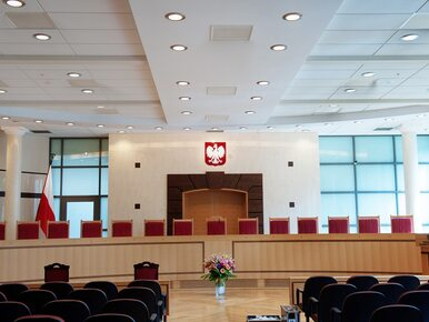 Dokumenty dla sędziów TK przygotowują zewnętrzni eksperci? Ujawniono...