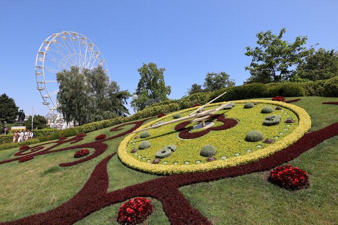 Zegar kwiatowy wGenewie, zdjęcie ilustracyjne
