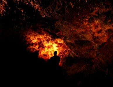 Zakaz wstępu do jaskini. Osuwają się skały