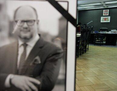 """Śledztwo ws. śmierci Pawła Adamowicza utknęło. """"Decyzje zapadały gdzie..."""