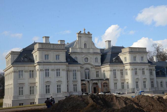 Pałac, który kupił Dariusz Miłek naterenie gminy Lubin