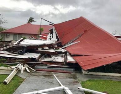 To najsilniejszy cyklon od 60 lat. Żywioł zniszczył budynek parlamentu i...
