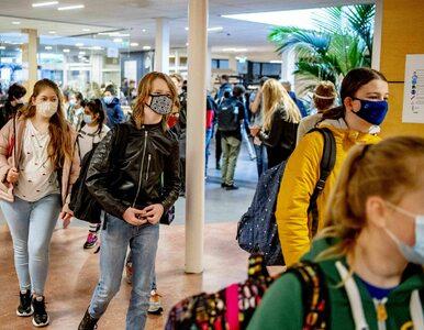 Ekspert alarmuje: Tracimy kontrolę nad epidemią. Zarażają głównie dzieci...