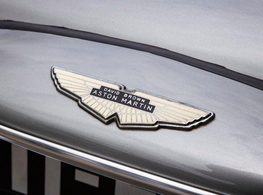 Aston Martin DB5 z 1965 roku – auto Jamesa Bonda