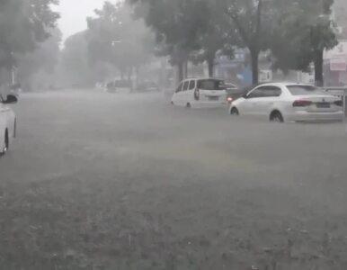 """Dramatyczna sytuacja w Chinach. """"Najwięcej deszczu od 1000 lat""""...."""