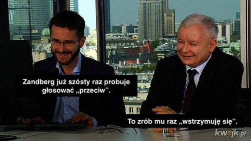 """Mem z """"Młodym"""" i Jarosławem Kaczyńskim"""